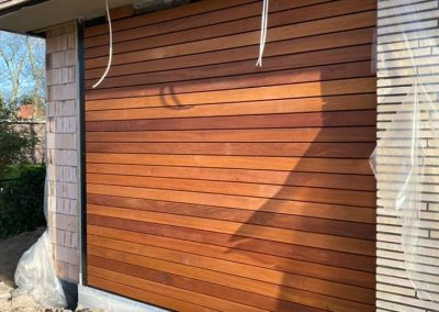 Sectionaal garagedeur hout