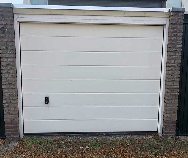Sectionaal garagedeur wit